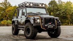 Land Rover Defender 007 Spectre