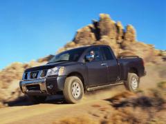Nissan Titan King Crew Cab XE LE SE