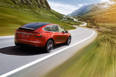 Elon Musk Confirms Tesla MPV Will Be Built On Model X Chassis