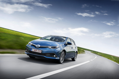 Wallpapers Toyota auris hatchback hybrid blue Cars Bikes