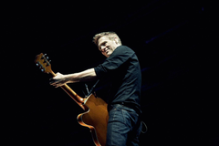 Bryan Adams HD Pictures
