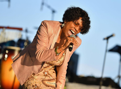 Gladys Knight is healthy despite comments that she had the same