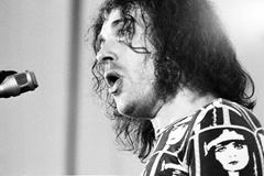 Joe Cocker legendary musician dead at the age of 70