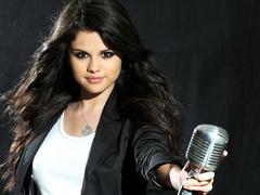 Selena Gomez Celebrity