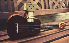 ukulele by filsru