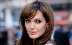 Angelina Jolie dances with Disney yet again for The One and Only Ivan
