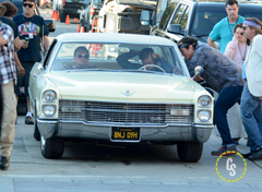 Once Upon A Time in Hollywood Set Photos with Pitt DiCaprio Pacino