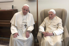 Dueling Popes Maybe Dueling Views in a Divided Church