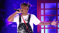 Reports Chicago rapper Juice WRLD dies after suffering seizure at