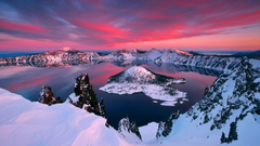 Check out the immeasurable beauty of Crater Lake National Park