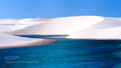 Nope that isn t snow Those are the pristine white sand dunes of