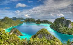 Raja Ampat Indonesia Beautiful Hd Wallpapers Islands With Green