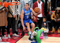 Aaron Gordon sits in the air and other great pictures from Slam