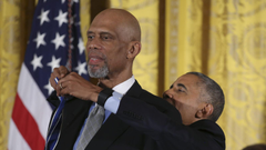 Barack Obama awards Presidential Medal of dom to Kareem Abdul