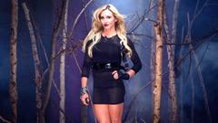 WWE DIVAS wrestling fighting warrior action sexy babe halloween
