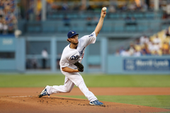 How Clayton Kershaw compares to the greatest pitchers in history