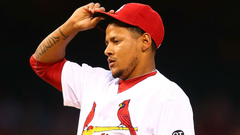 Cardinals RHP Carlos Martinez leaves with right shoulder tightness