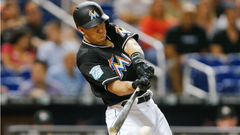 MLB trade rumors Mets discussing acquiring J T Realmuto in 3