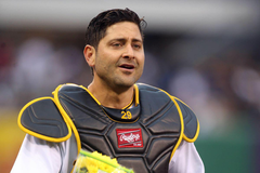 Pirates announce extension for Francisco Cervelli