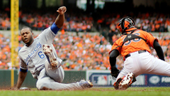 ALCS Game 2 Cain raises Royals by matching Brett snatching
