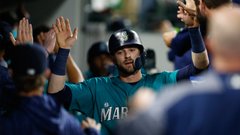 Giants should trade for Mitch Haniger after Mariners