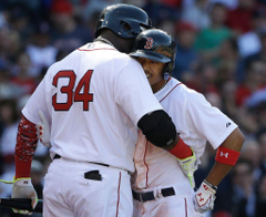 Mookie Betts shines as Red Sox whip Nationals 9