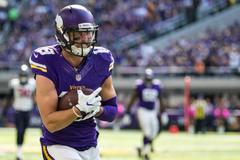 Report Minnesota Vikings to tender Adam Thielen at 2nd round value