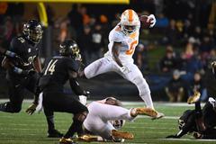 Saints pick Alvin Kamara one of college football s most