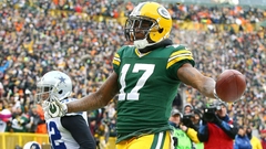 Davante Adams is good at football may be even better at dunking