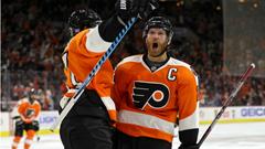 Claude Giroux pads MVP case nets first career hat trick as Flyers
