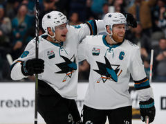 NHL All Star Game Sharks center Joe Pavelski keeps chugging