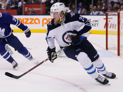 Eddie Olczyk believes Patrik Laine could score 65 to 70 goals in a