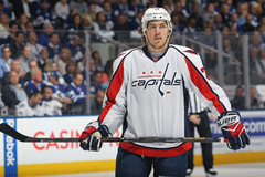 Blackhawks rumors 2017 T J Oshie being strongly considered by