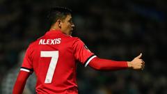 Man Utd star could persuade complete midfielder to join despite