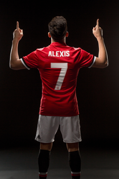 United fans react to Alexis Sanchez signing