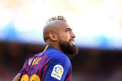 Barcelona s Arturo Vidal has a bit of a pop at Real Madrid