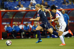 Amandine Henry Officially Joins the Portland Thorns