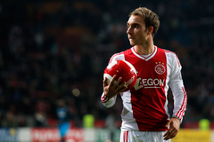 Ajax midfielder won t sign a new contract says Overmars
