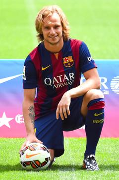 Ivan rakitic hombre futbolista fc barcelona croacia wallpapers