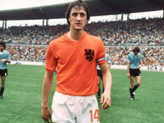 Johan Cruyff Why the Dutch master wore the famous number 14 shirt