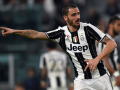 Manchester City and Chelsea target Leonardo Bonucci admits
