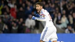 Algerian FA accuse Lyon of pressuring Nabil Fekir to declare for
