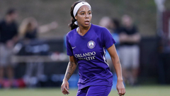 Sydney Leroux shuts down critics over her practicing while pregnant