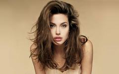 Megan Fox Y Angelina Jolie wallpapers