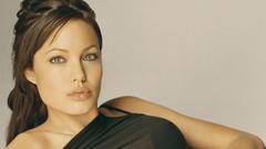 Latest Angelina Jolie HD Wallpapers