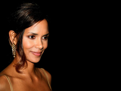 Halle Berry Wallpapers HD