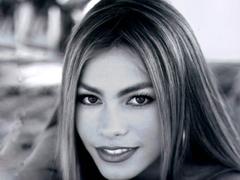 Sofia Vergara Red Carpet in Celebrities F