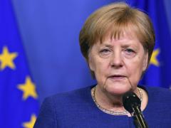 German chancellor Angela Merkel secures asylum seeker return deals