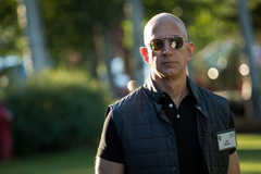 Amazon s earnings miss means Jeff Bezos is no longer world s richest