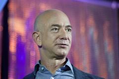 Watch Amazon s Jeff Bezos Try to Eat Dressed as a Star Trek Alien